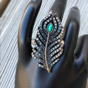 Lucky Brand Blue Crystal Feather Ring!